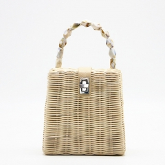 BC0210 2019 Summer Straw Beach Box Tote Women Bag With pearls Handle